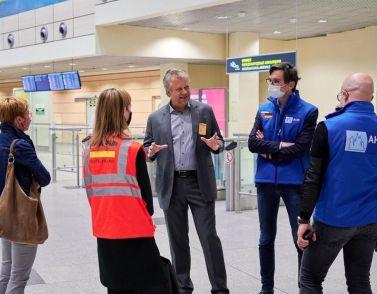 Rekord-Corona-Flug: Deutsche Top-Manager landen in Russland